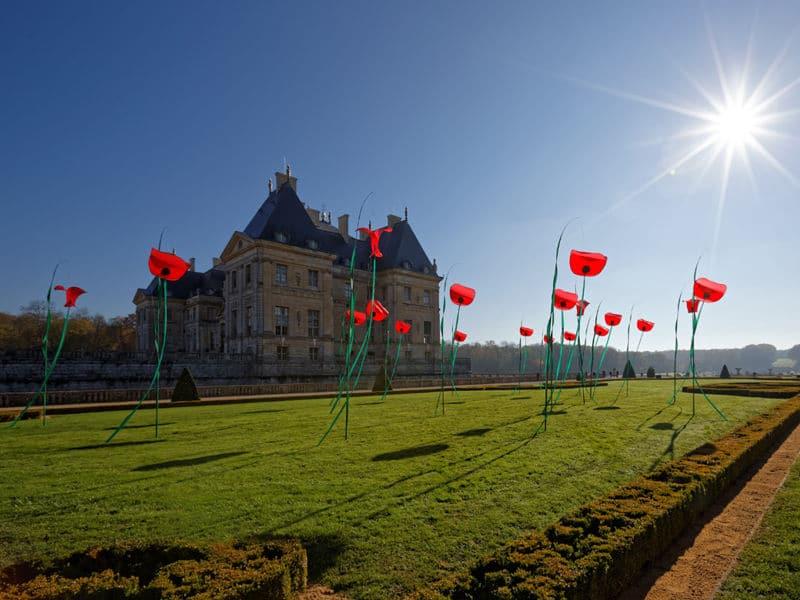 Cerfs-volants Coquelicots au Chateau de Vaux le Vicomte