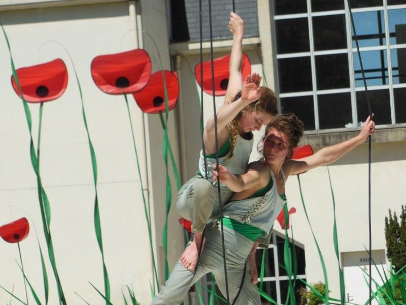 L'Envolée Cirque et les Coquelicots à Plessis Bouchard